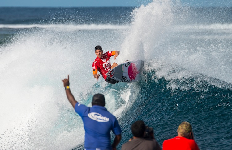 The Top 34 surfers of the 2015 World Surf League
