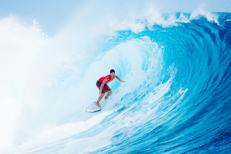 Gabriel Medina: barreled in paradise | Photo: Sloane/WSL