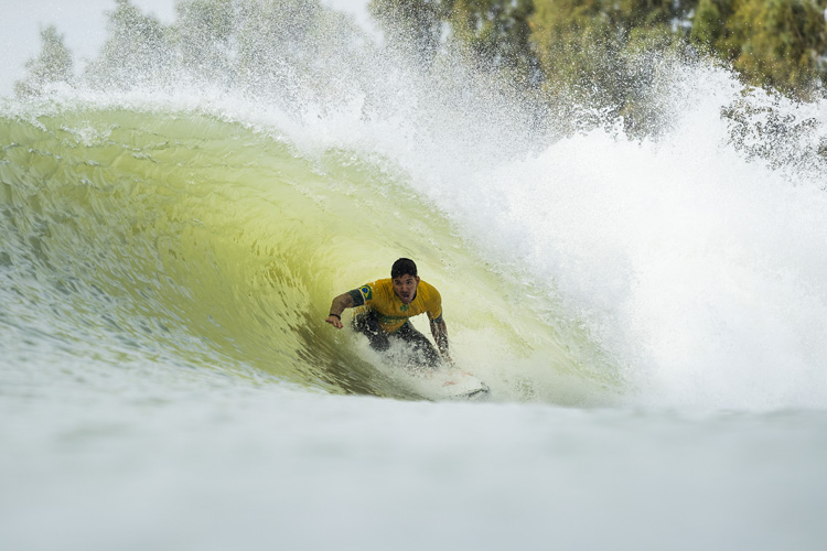 Surf Ranch: there are two barreling sections during each ride | Photo: WSL
