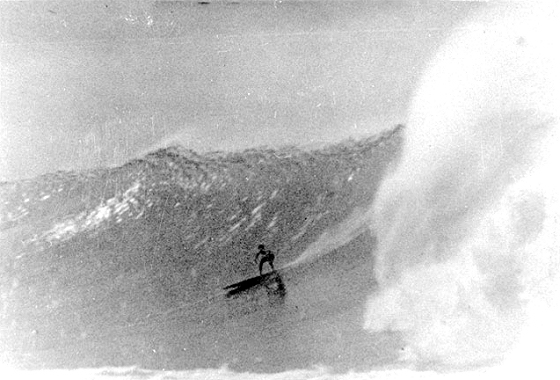 George Downing: surf legend | Photo: Walter Hoffman
