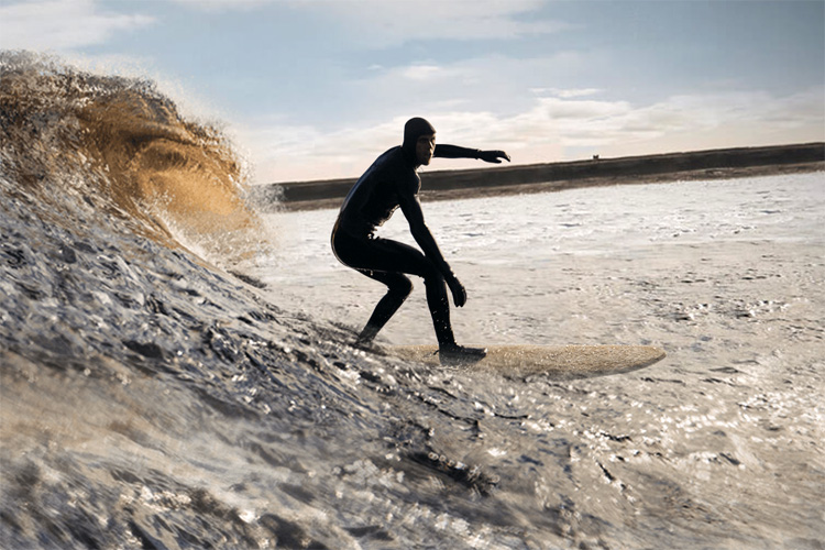 Mark Boyd: the first to ride the surfboard made from recycled Scotch whisky casks | Photo: Glenmorangie
