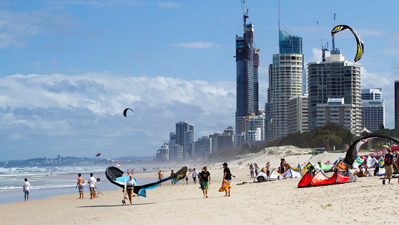 Gold Coast: beautiful kiteboarding scenario