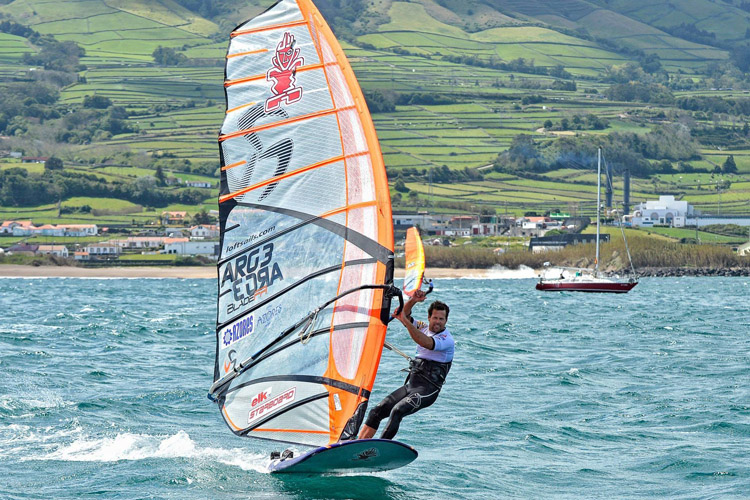Gonzalo Costa Hoevel: maiden world title in the Azores | Photo: Eric Bellande