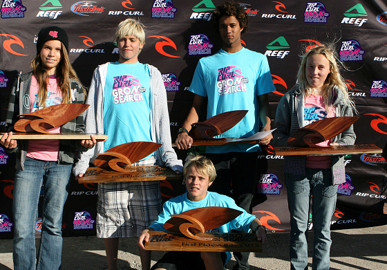 Michael February and Sabrina Scott claim the 2009 Rip Curl GromSearc