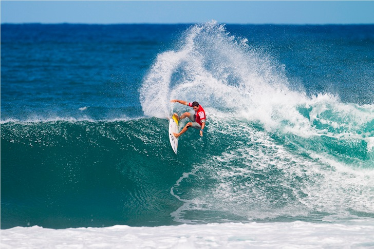 Haleiwa: hollow rights and powerful closeouts | Photo: ASP/Cestari