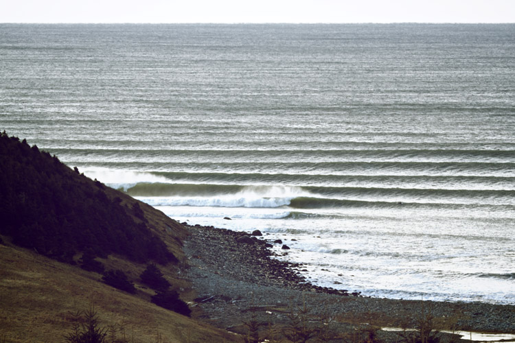 Halifax: cold temperature, perfect waves | Photo: Sherin/Red Bull
