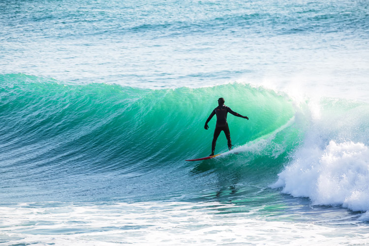 Waves: a Hawaiian surfer would call this a three-foot wave | Photo: Shutterstock