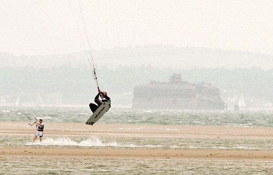 Hayling Island: UK kitesurfing heaven | Photo: Flickr/jdl1963
