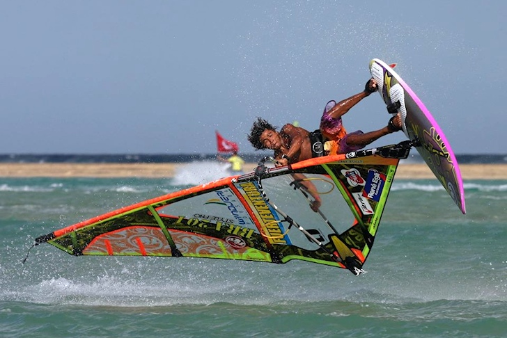 Hugo de Sousa storms the freestyle windsurfing world