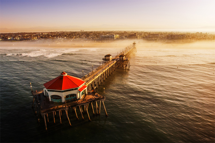 Huntington Beach: legally trademarked Surf City USA since 2006 | Photo: SurfCityUSA.com