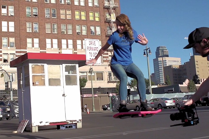 HUVr Board: surfing the streets of LA