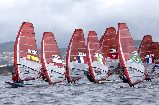 Hyères: tight RS:X fleet