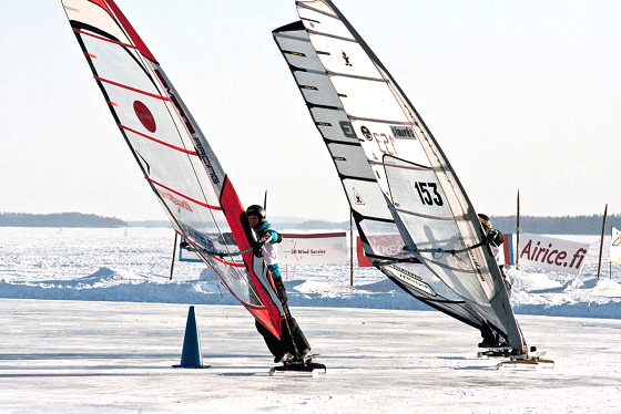 Ice Windsurfing: wipeouts are tough
