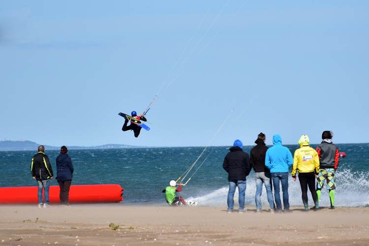 Kitesurfing: is it a sailing sport? | Photo: IFKO