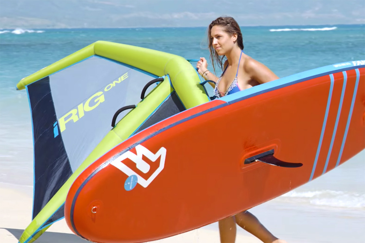 The world's first inflatable windsurfing rig
