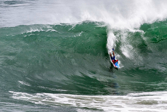 2012 Itacoatiara Pro: deadly waves