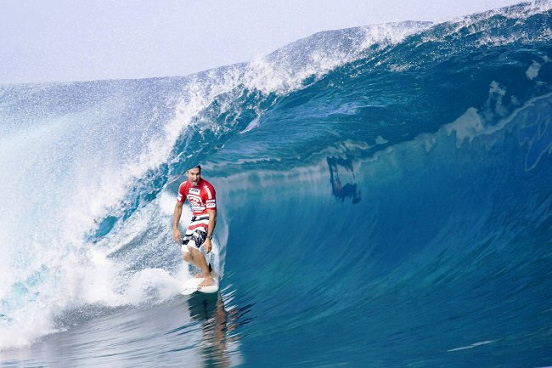 Joel Parkinson enjoys Tahiti