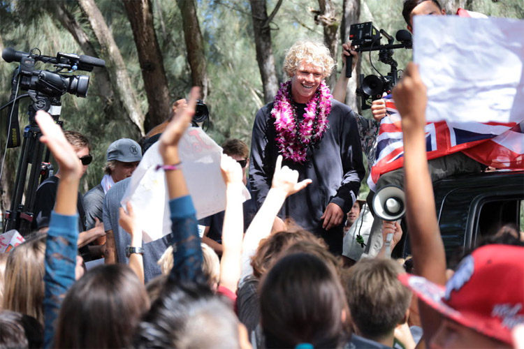 John John Florence: welcomed as an Hawaiian hero: | Photo: WSL