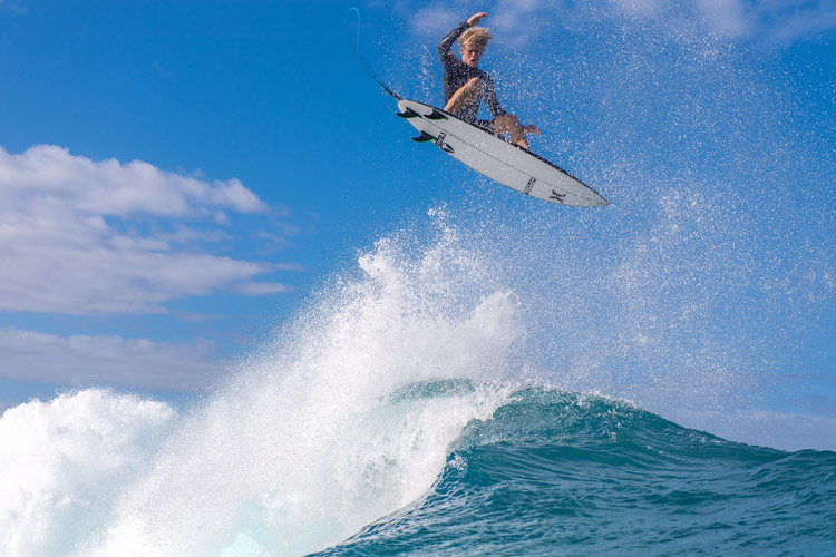 John John Florence: he excels in the air, and masters the barrel | Photo: Miller/Red Bull