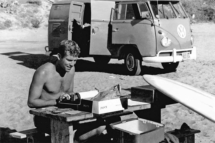 John Severson, San Onofre State Beach, 1959: a passionate publishers, painter and surf filmmaker | Photo: Severson Archive/Puka Puka