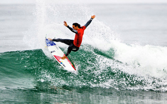 Jordy Smith: having fun at Lowers