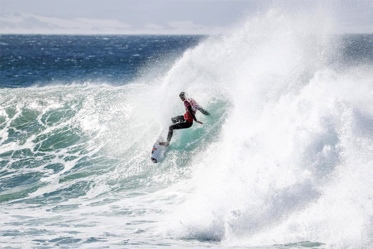 Jordy Smith: scoring a Perfect 20 at J-Bay | Photo: Tostee/WSL