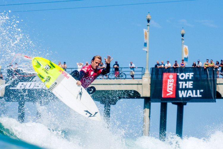 Josh Kerr: feeling pumped at the US Open of Surfing | Photo: Michael Lallande/US Open of Surfing