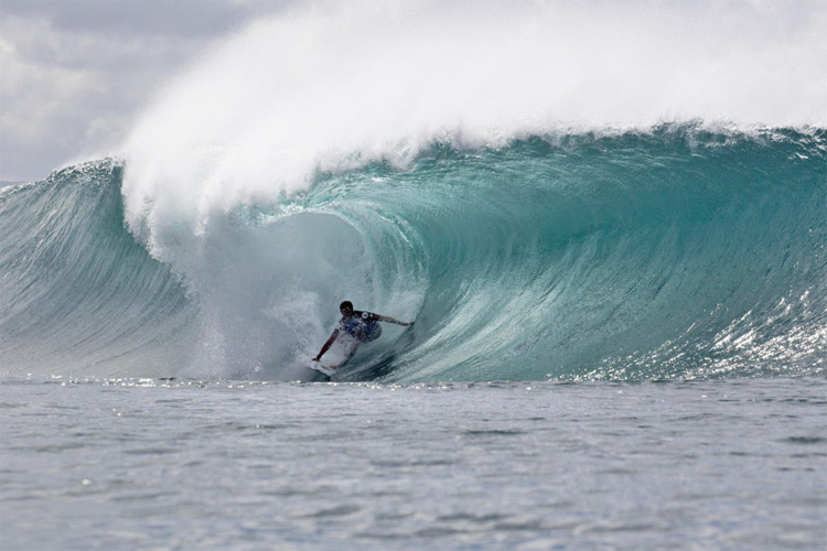 Josh Moniz: he won the Volcom Pipe Pro for the first time | Photo: Saguibo/WSL