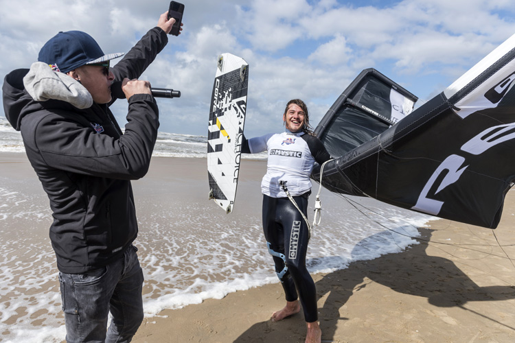 Joshua Emanuel claims the 2017 Red Bull Megaloop Challenge