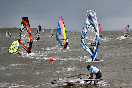 JP Young Gun Classic: grey skies and coloured sails