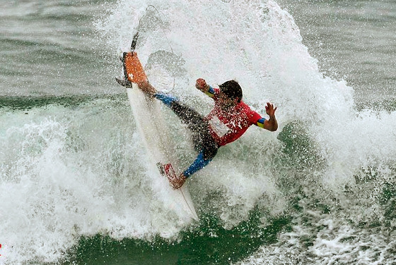 Bolivarian Beach Games: surfing Punta Rocas