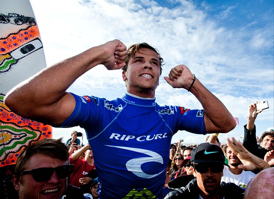 Julian Wilson: he smiled at the Rip Curl Pro Portugal 2012
