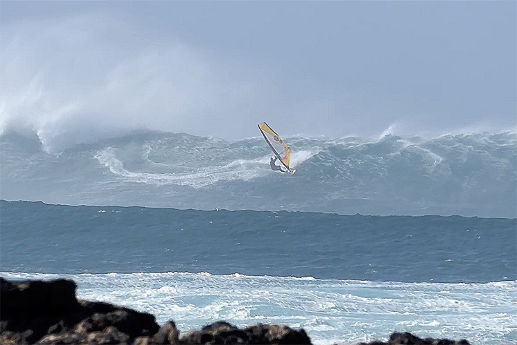 Julien Taboulet: riding double mast-high wave in the North Shore of Fuerteventura