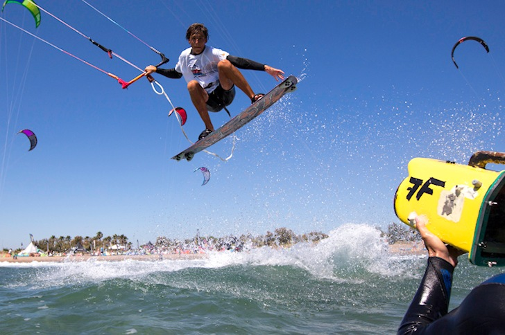 Junior kite freestylers battle for world titles