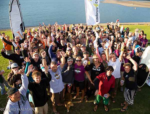 Kiteboarders 4 Cancer