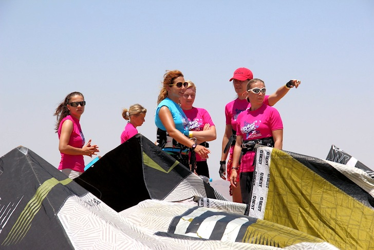 KB4girls: female kite power Photo: KB4girls