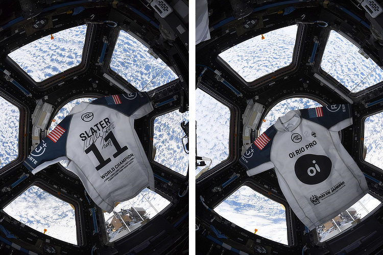 Kelly Slater's number 11 jersey: orbiting around the Earth on the International Space Station | Photo: Koch/NASA