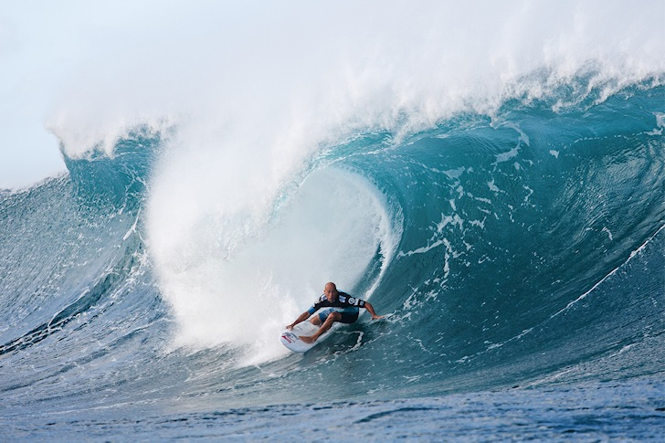 Triple Crown of Surfing: money buys dreams