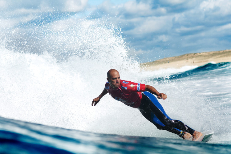 Kelly Slater: always focused, always carving | Photo: Quiksilver