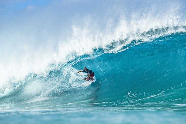 Kelly Slater: he put on a solid display of tube riding at Pipeline | Photo: