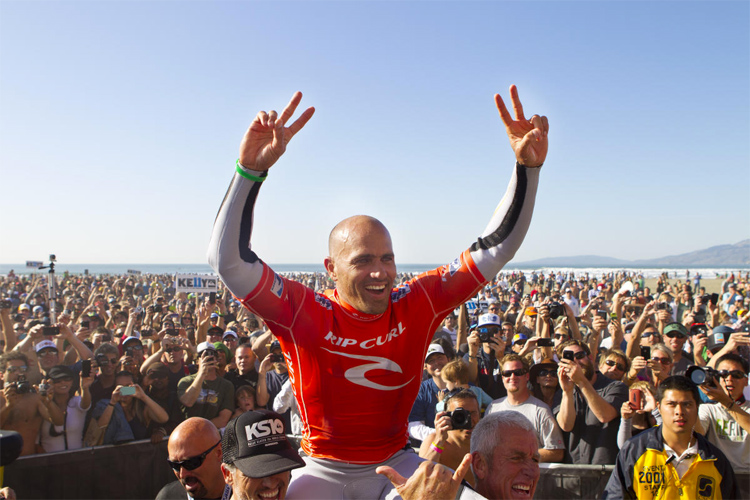 Kelly Slater: he won 11 world surfing titles | Photo: Scholtz/WSL