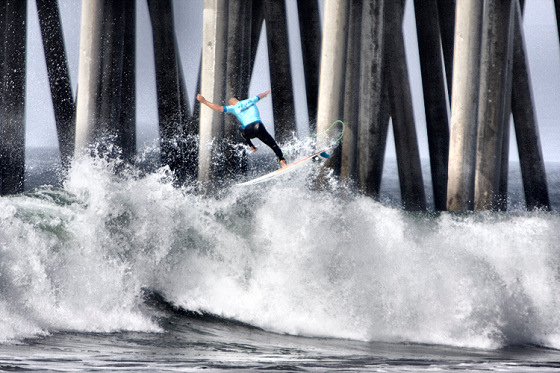 Kelly Slater: negotiating an aerial assault on the pier