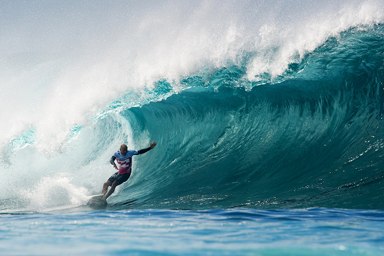 Kelly Slater: enjoying the Pipeline