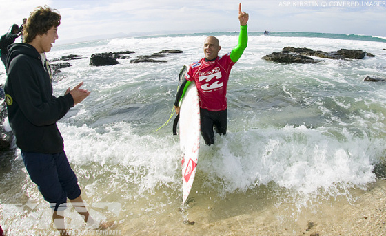 Will Kelly Slater be able to defend the Billabong Pro Jeffreys Bay 2008 title?