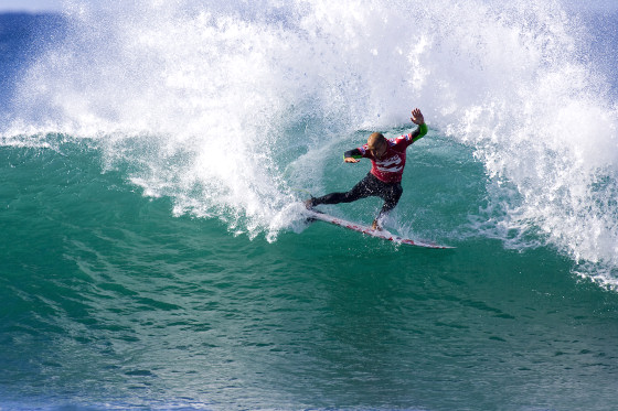 Kelly Slater will try an important win in Jeffreys Bay