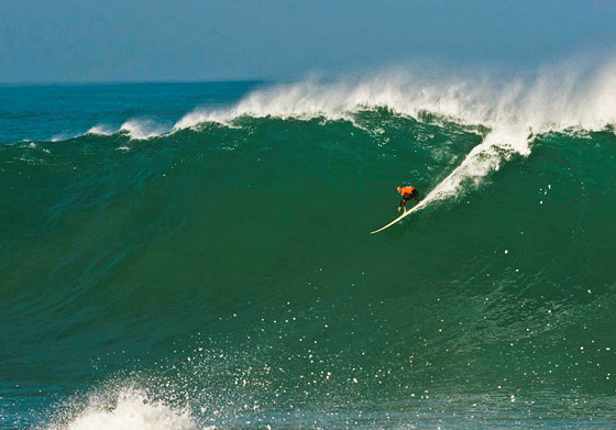 Kelly Slater: he loves Mavericks | Photo: Bielmann