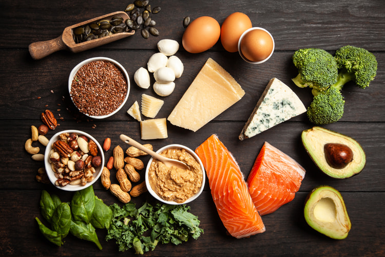 Keto diet: a low-carb, gluten-free, high-fat nutrition program that improves the overall functioning of the human body | Photo: Lark/Creative Commons