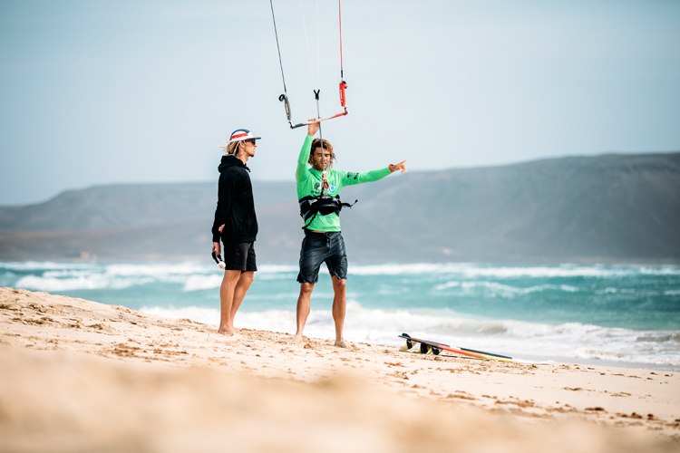 Kite bars: quick-release systems must now be ISO 21853 compliant | Photo: GKA