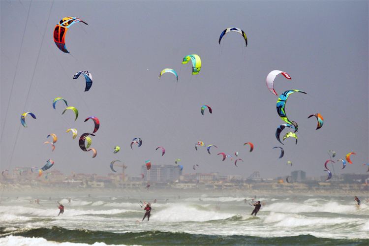 Virgin Kitesurfing Armada: 415 riders in South Africa | Photo: Kitesurfing Armada