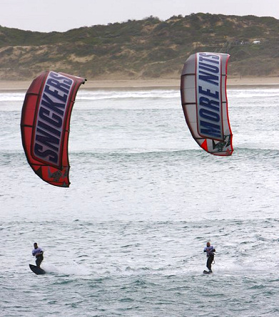 Kitesurfers cross the Bass Strait for the first time